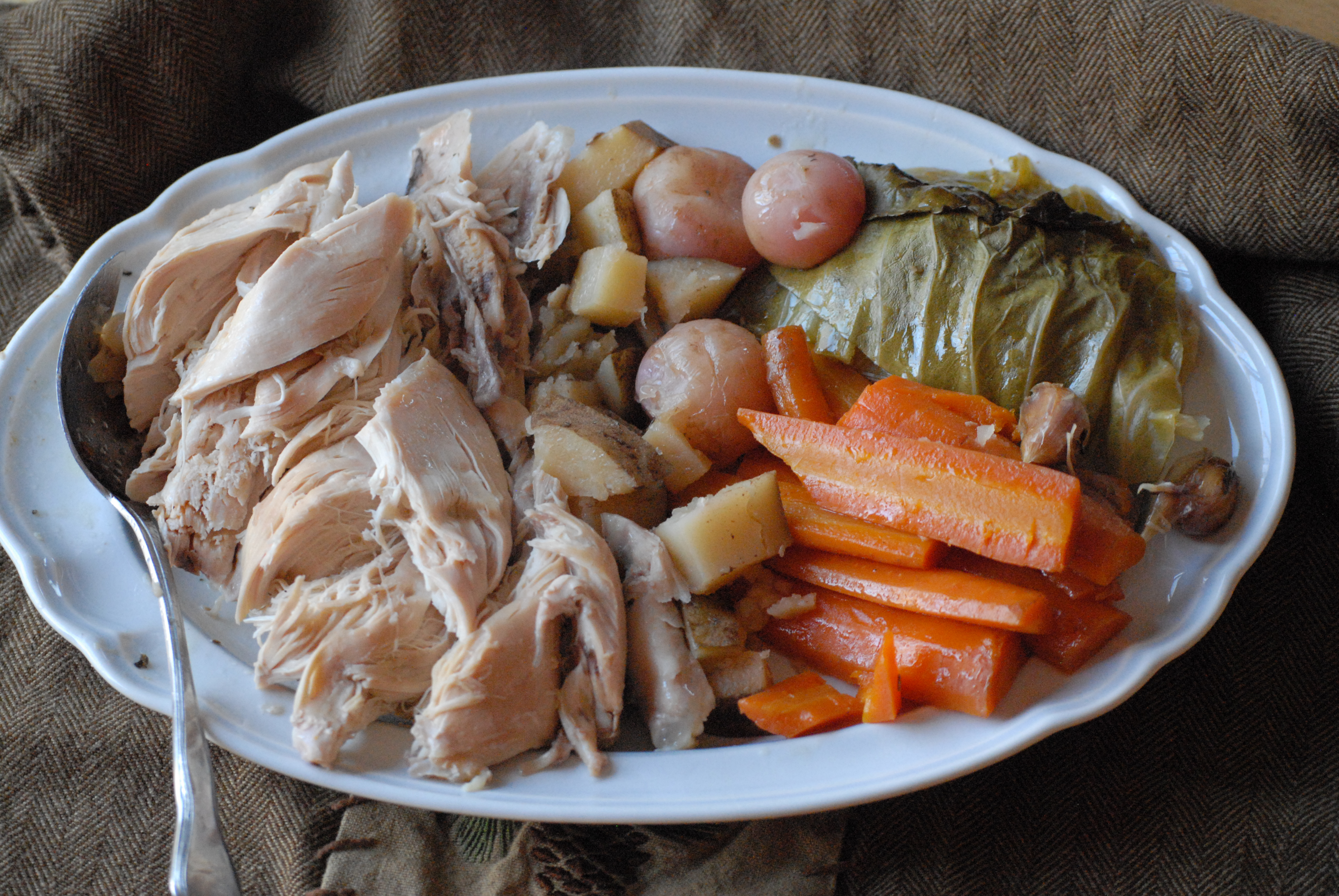 Crock Pot Roasted Chicken and Vegetables