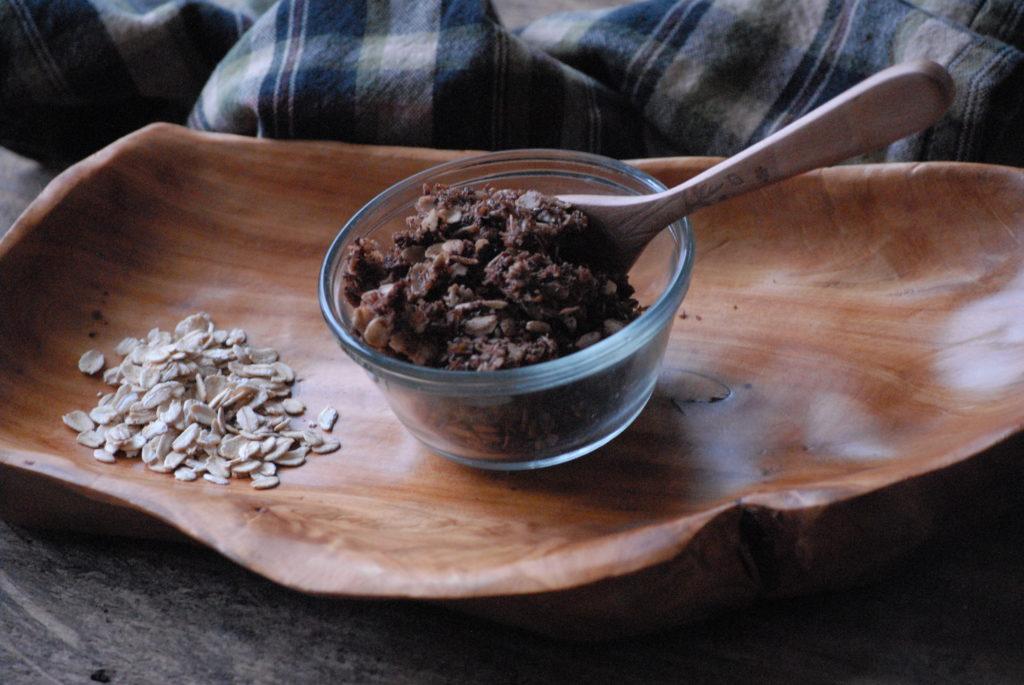 High energy cacao granola