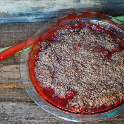 Grain Free Strawberry Rhubarb Crisp