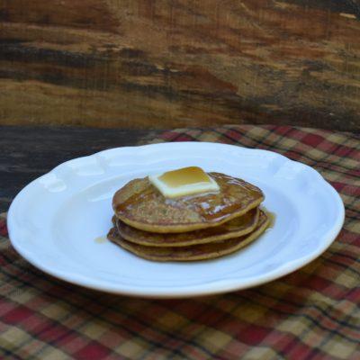 Gluten Free Pumpkin Oat Pancakes
