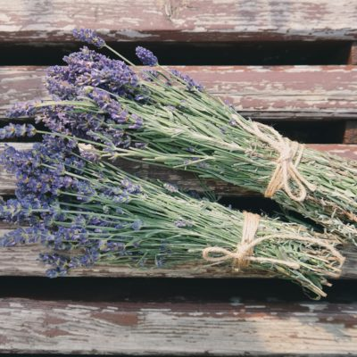 Living with Essential Oils – Lavender and Lemon